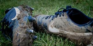 Wie wird man den Geruch in Fußballschuhen los?